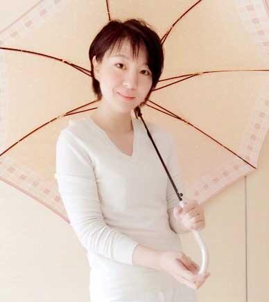 似合う色の傘は雰囲気美人に|札幌・小樽 パーソナルカラー診断