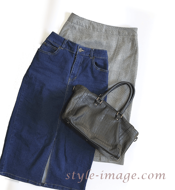 2タイプのタイトスカート|授業参観のコーディネート